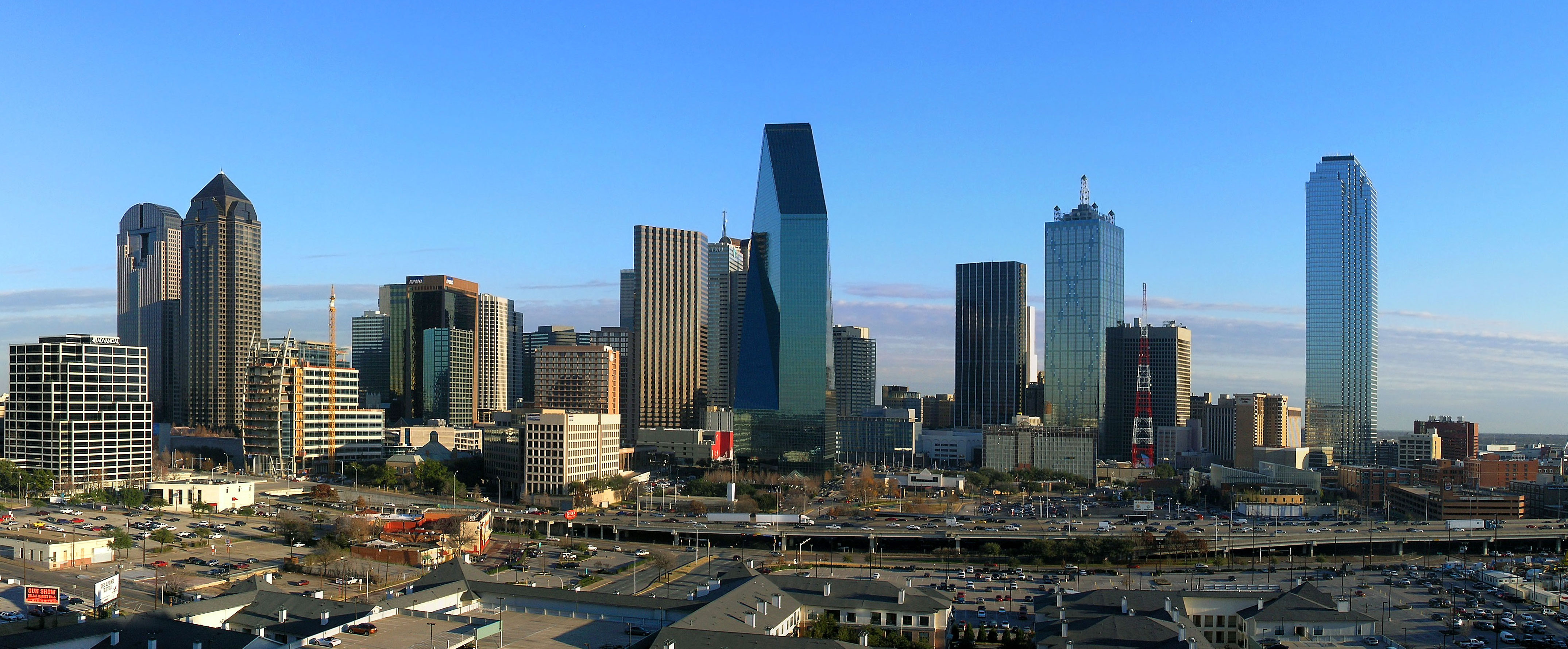 Dallas_Texas_Skyline_20062